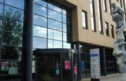 Gemeente Hoorn gebouw werk-en-inkomen Dampten